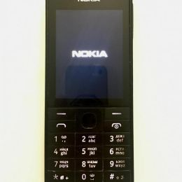 Телефон Nokia 515 б/у