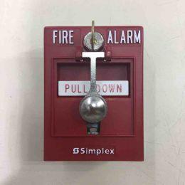 Simplex 4099-9002 fire alarm box. Извещатель пожарный ручной.