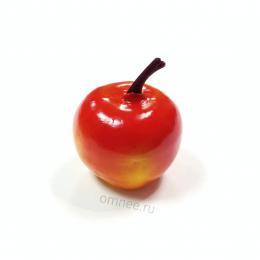 Яблоко 4х3 см, цвет: жёлто-красный, пластик