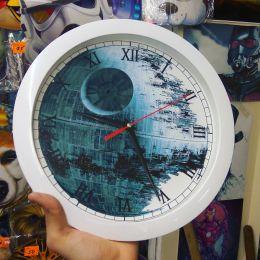 Часы настенные круглые 29см, пластик