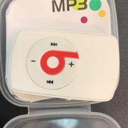 MP3 плеер BEATS (слот Micro SD+наушники+кабель для зарядки) white белый
