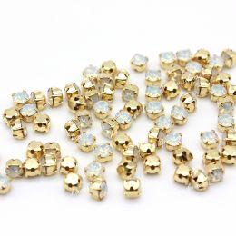 Шатоны Preciosa White Opal /оправа золото ss16/3,8-4,0 мм 15 шт (Чехия)