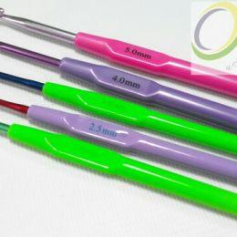 Крючок цветной ''Star'' алюминиевый с пластиковой ручкой, в ассортименте